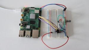 Raspberry Pi & Microchip MCP3002 Analog-to-digital Converter (ADC)